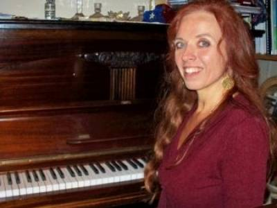 Marianne Lihannah: Singing Lessons, Singing Teacher, Vocal Coach