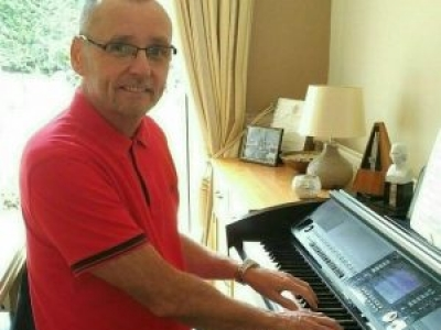 John Price: Piano and Keyboard tutor
