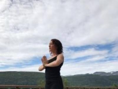 Gaynor Mullin: Purple Haze Yoga