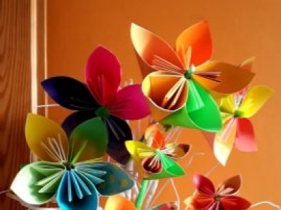 Learn the art of FLORAGAMI PAPER CRAFTING