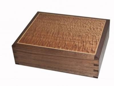 Mark Farrelly: box making weekend courses