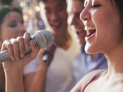 Top 3 Tips on How to Sing
